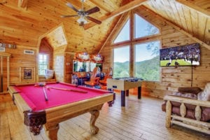 pigeon forge cabin game room